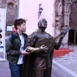 遼君と奏でる銅像
