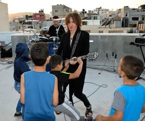 SUGIZOギターパレスチナ